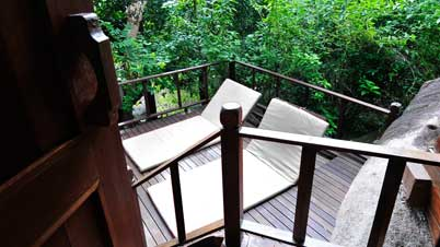 Jungle Luxe Sarang Japamala Room